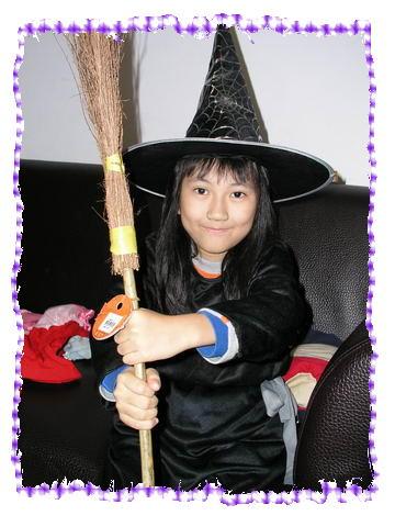 可愛的小巫婆_Jenny